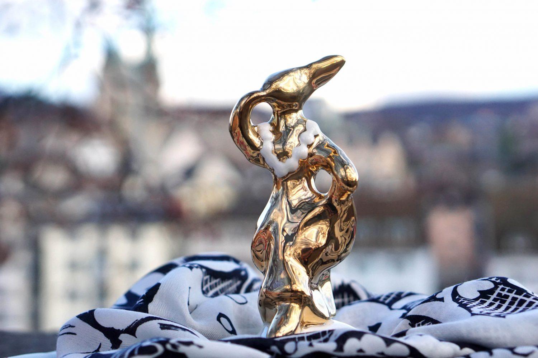 accessoires-ceramic-statue-hare-keramik-hase-ines-boesch