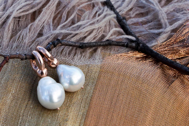 jewels-pearl-earring-schmucke-perlen-ohrringe-gold-ines-boesch